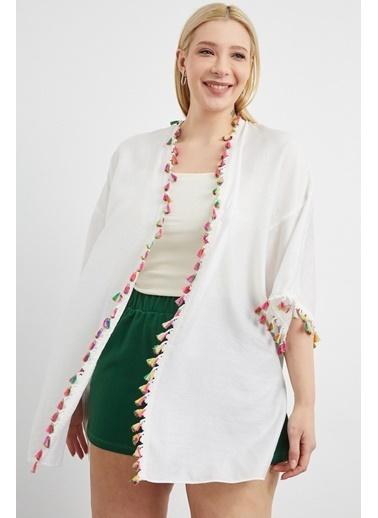 Curly Kemik Püsküllü Kimono Beyaz